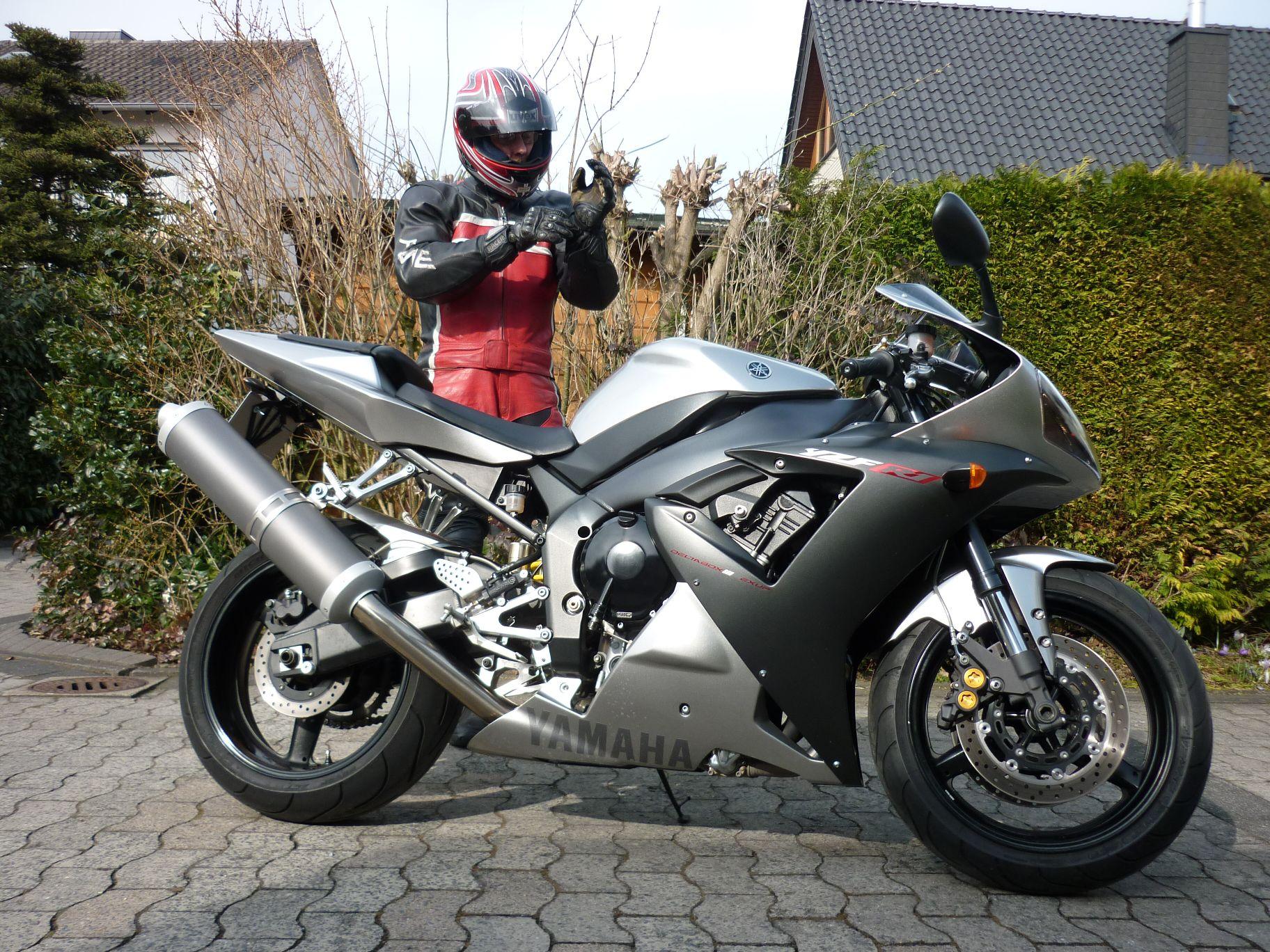 Rn Silber Yamaha R1 Rn04